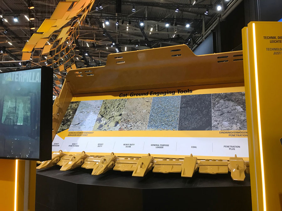 Caterpillar Bauma display