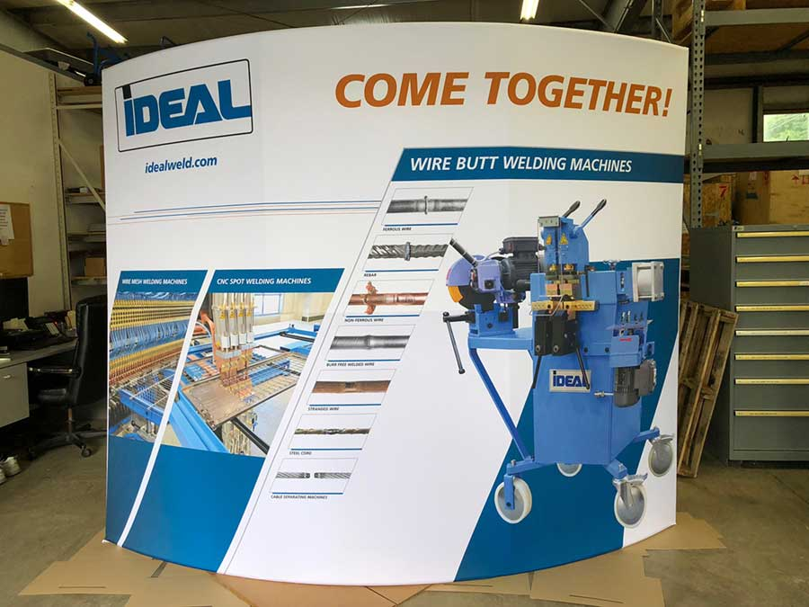 Ideal trade show bandner display